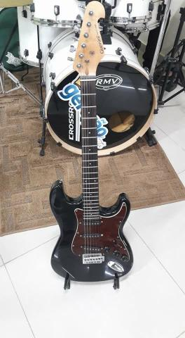 Vendo guitarra giannine seminova por 500 R$