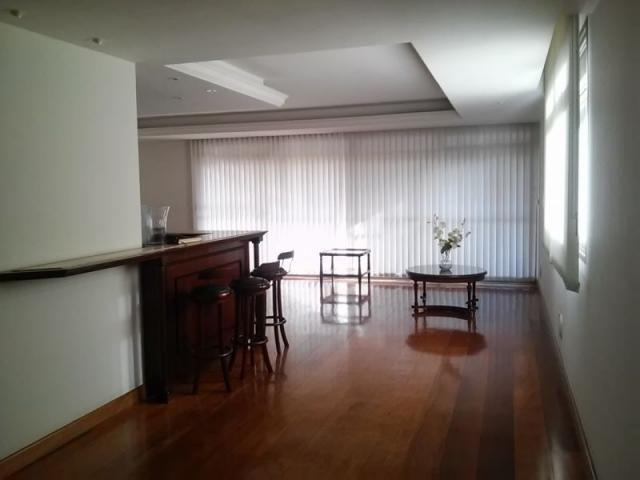 Apartamento de quatro quartos no lourdes - Foto 3