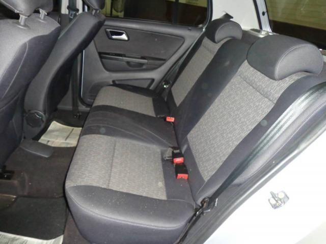 Volkswagen Fox 1.0 TREND GII - Foto 7