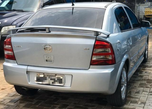 GM Astra Hatch com ótimo desconto - Foto 4