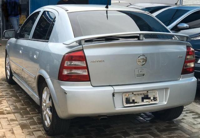 GM Astra Hatch com ótimo desconto - Foto 3