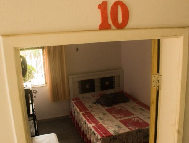 Quartos em casa mobiliada, cond. fechado na Paralela - Unijorge, Cab e metrô - Foto 12