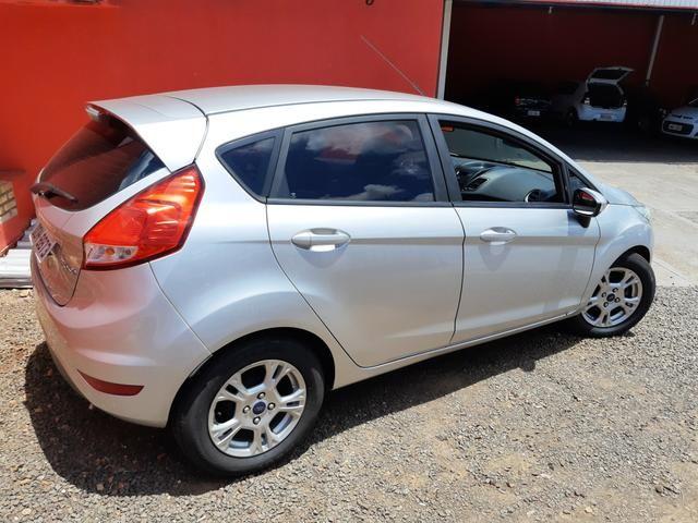 New Fiesta Hatch 1.5 SE * 2014 - Foto 20