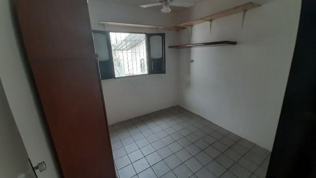 Casa Ampla 4 Quartos e 4 vagas de garagem - Contato Felipe Leão - *78 - Foto 8