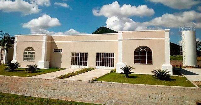 O Condomínio Dom Village Residencial está imperdível e fica próximo do Centro de Maricá - Foto 2