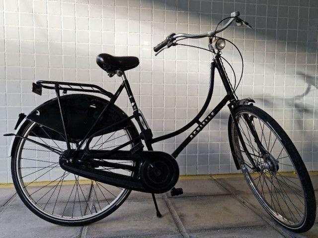 Bicicleta clássica, retrô, feita a mão, importada.  - Foto 3