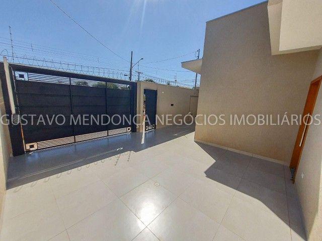 Casa com 3 quartos e espaço gourmet no Rita Vieira 1- Ótima localização! - Foto 11