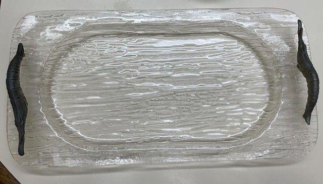 bandeja confeccionada em acrílico 46 x 24 cm