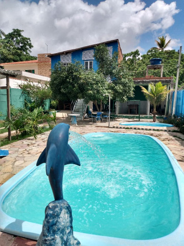 Alugo casa/espaço com piscinas - Foto 3
