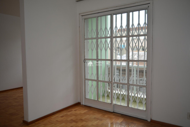 Apartamento 3 Dormitórios com sacada - Uma quadra do Calçadão - Foto 7