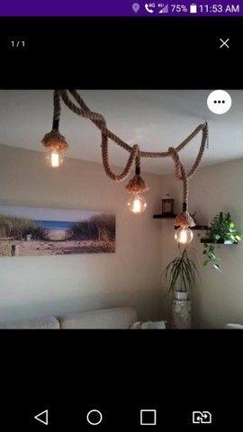 Luminária rústica em cordas
