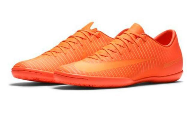 b21d3e642e Chuteira Futsal Indoor Nike Mercurial Victory VI IC tm 44 - Roupas e ...