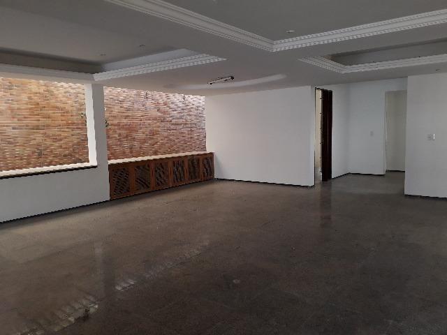 Luciano Cavalcante - Casa Duplex 491,92m² Alto Padrão com 4 quartos e 10 vagas - Foto 8