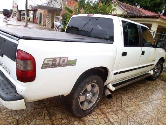 S10 -Aceito troca carro menor valor