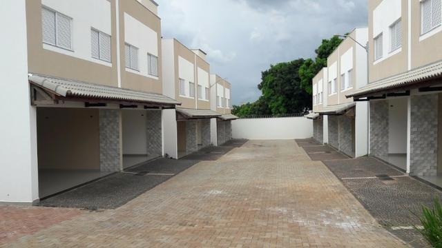Casa Alto Padrão Condomínio 3/4 . 438.900,00