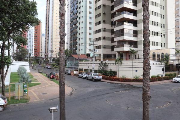 Casa sobrado com 4 quartos - Bairro Setor Bueno em Goiânia - Foto 19
