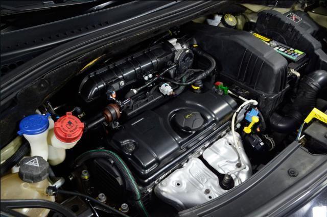Citroën C3 Origine 1.5 Flex 8V 5p Mec. - Preto - 2014 - Foto 14