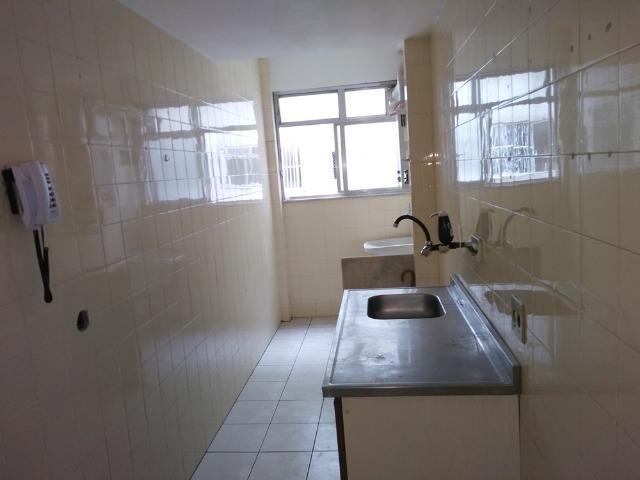 Alugo Todos os Santos apartamento 3 qts 2 banheiros elevador e vaga - Foto 5
