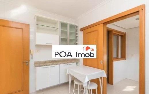 Apartamento semimobiliado com 3 dormitórios no petrópolis - Foto 9