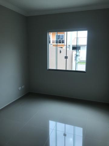 Sobrado com 03 dormitórios. Excelente acabamento no Rio Bonito - Campo de Santana - Foto 5
