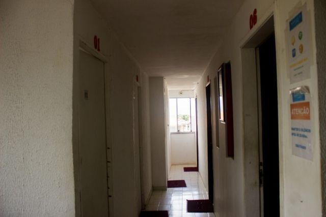 Quartos em casa mobiliada, cond. fechado na Paralela - Unijorge, Cab e metrô - Foto 9