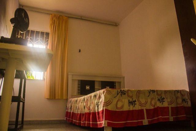 Quartos em casa mobiliada, cond. fechado na Paralela - Unijorge, Cab e metrô - Foto 14