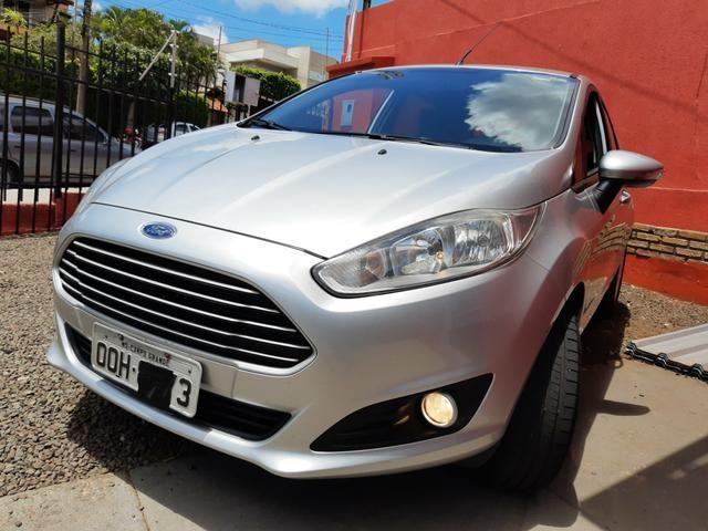 New Fiesta Hatch 1.5 SE * 2014
