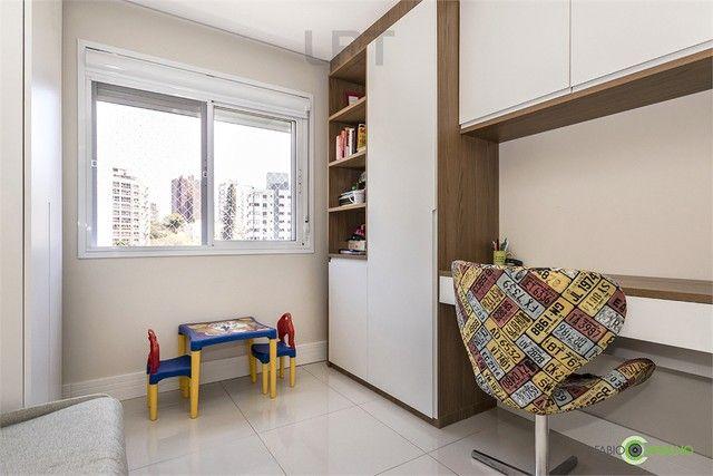 Apartamento à venda com 3 dormitórios em Jardim botânico, Porto alegre cod:REO526799 - Foto 17