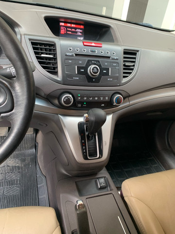 Honda CR-V 2013 LX interior bege  - Foto 6