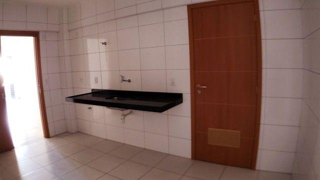 Vendo EVILÁSIO CORREIA 109 m² 3 Quartos 1 Suíte 3 WCs 2 Vagas PONTA VERDE - Foto 11