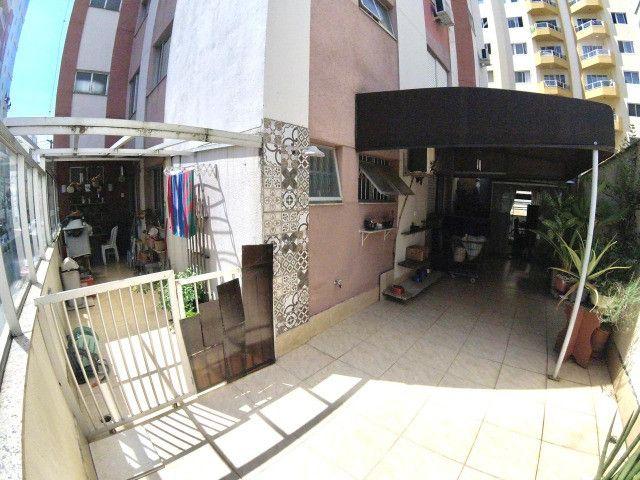 03 Dormitórios + Dependência, Amplo terraço, 200m² Privativos, Rua 2000 - Foto 2