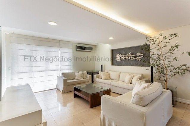 Apartamento impecável, todo decorado e mobiliado - Centro - Foto 3