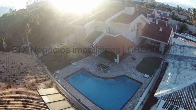 Casa Excelente de Esquina com Terreno 720m² na Rua da Paz - Foto 11