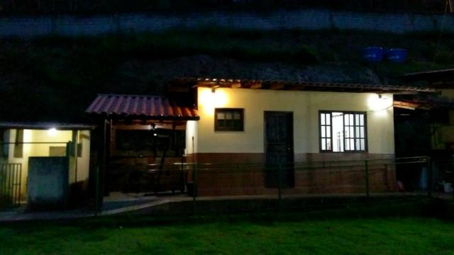 Vende-se Granja no Guarajamirim com 2400m² com 2 quartos, açudes, área gourmet. - Foto 2