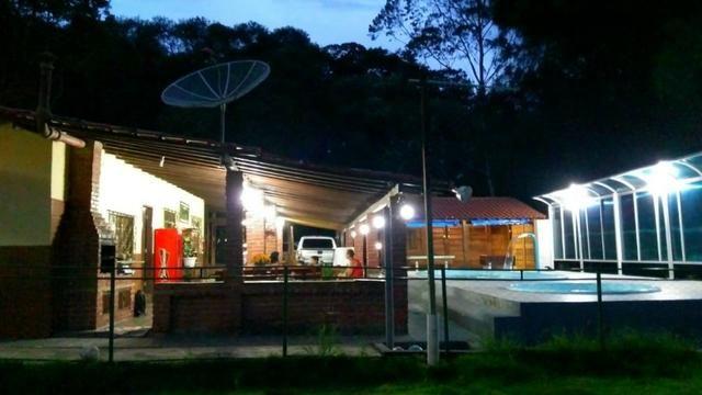 Vende-se Granja no Guarajamirim com 2400m² com 2 quartos, açudes, área gourmet. - Foto 10