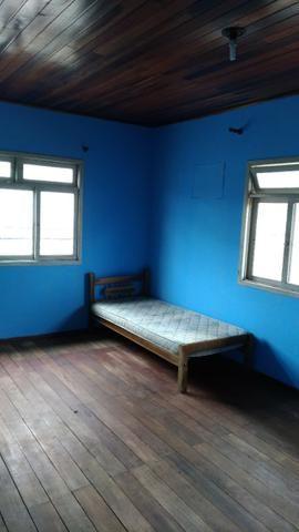 Alugo quarto para Homens tenho 3 livres - Foto 3