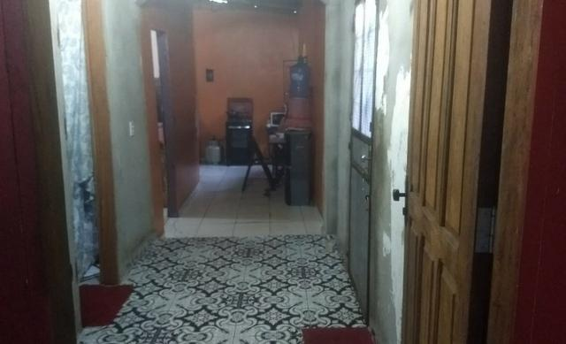 Cachoeirinha dois quartos, próximo a Av. Costa em Silva - Foto 11