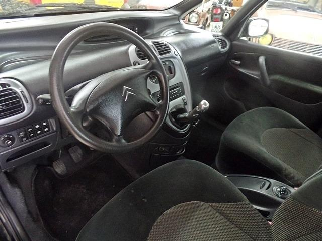 Citroen Xsara Picasso GLX 1.6 16V - 2011 - Foto 3