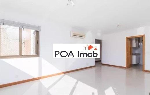 Apartamento semimobiliado com 3 dormitórios no petrópolis - Foto 3