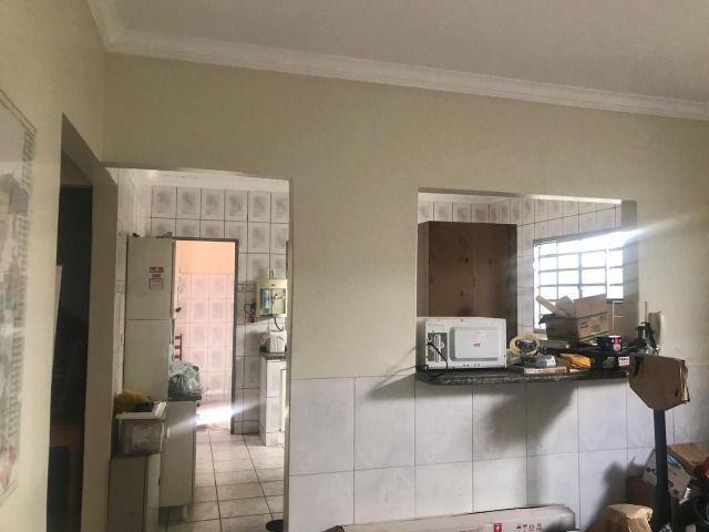 Casa térrea de esquina - Setor Morais, Bairro Feliz - Foto 4
