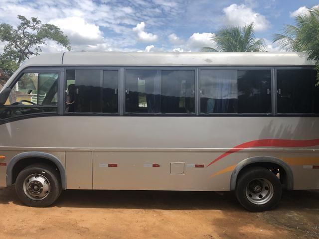 Micro-ônibus volare v8