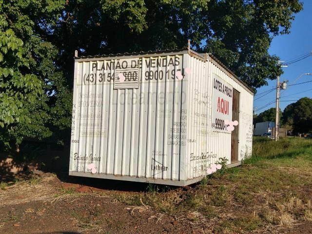Vendo container completo, com banheiro - Foto 2