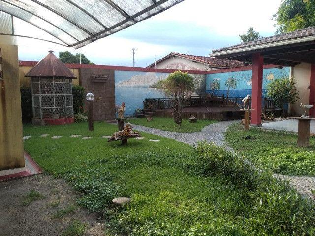 Linda mansão no centro de Castanhao por 1.800.000,00 - Foto 14