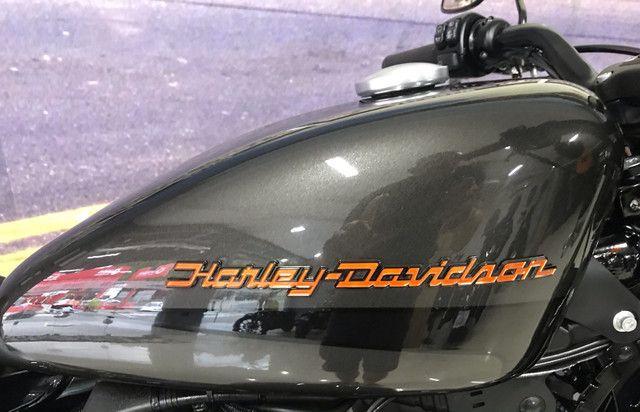Harley Davidson Iron 883 2019. Exclusiva - Foto 7
