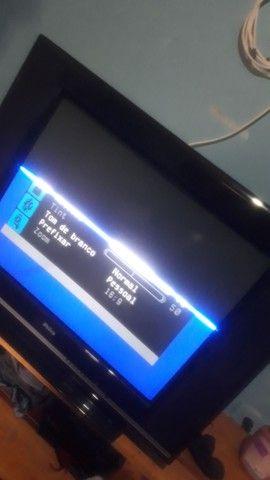 Tv 29 40reais metade da tela funcionando.