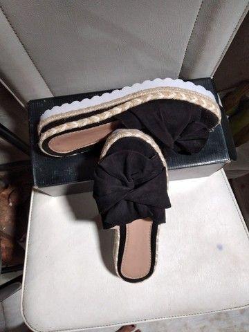 Tamanco sandalia preta tm.36 - Foto 3