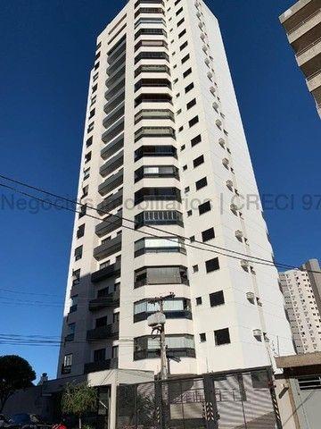 Amplo apartamento em excelente localização - Monte Castelo