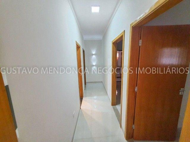 Casa com 3 quartos e espaço gourmet no Rita Vieira 1- Ótima localização! - Foto 16