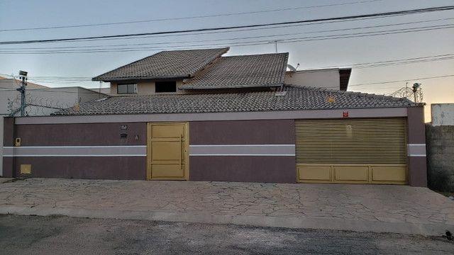 Vende-se Casa no Setor Leste