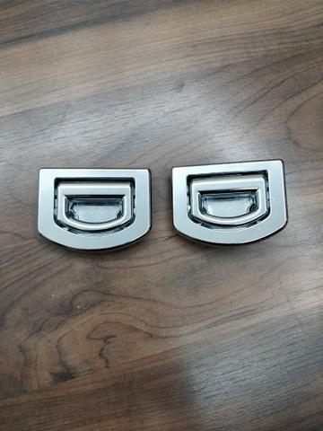 Gancho original para porta malas Audi Golf Passat